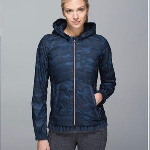 NWT Lululemon Spring Fling Puffy Windbreaker, Sz 4